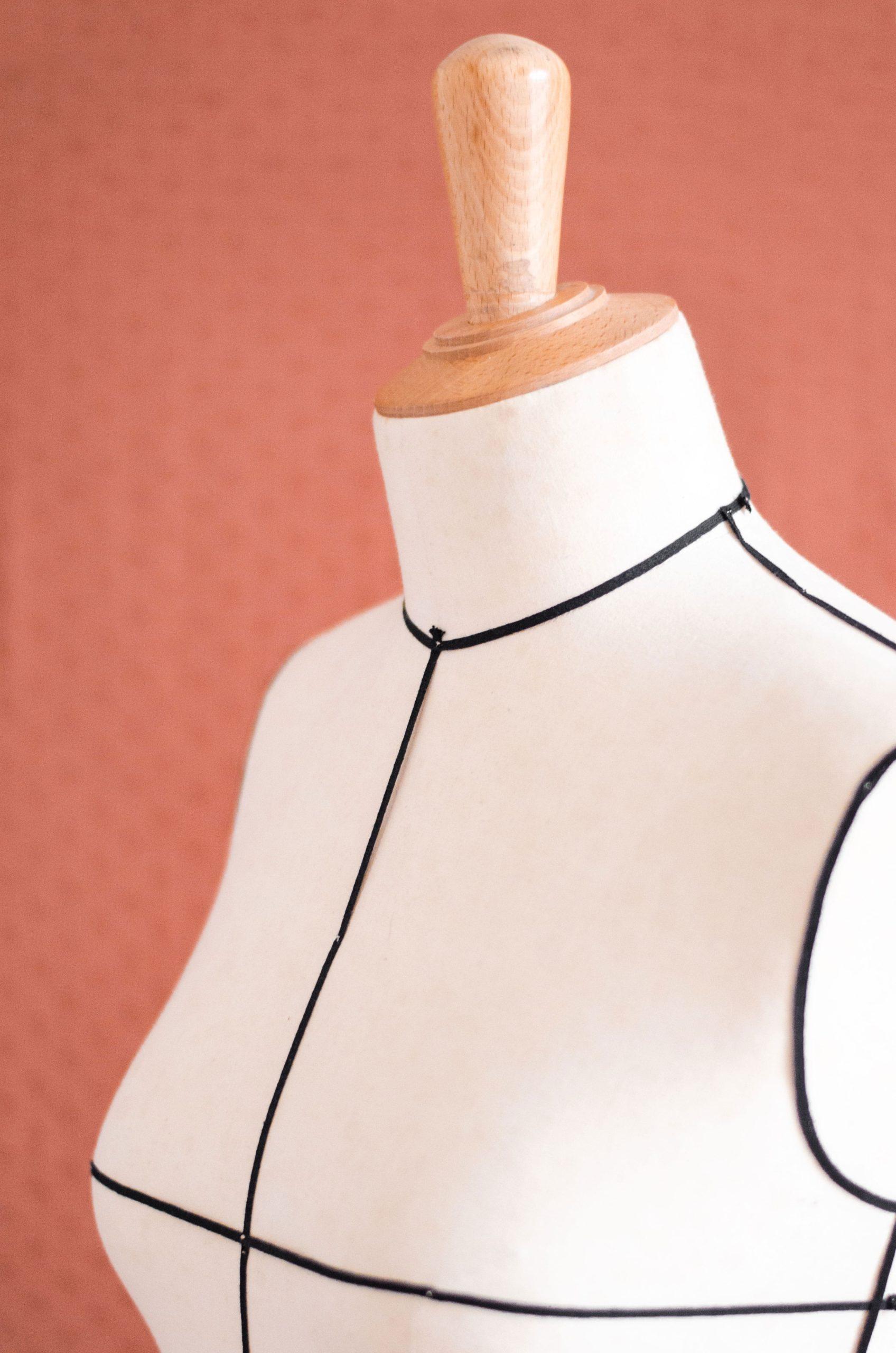 Mannequin réglable ou mannequin fixe : Lequel choisir ?